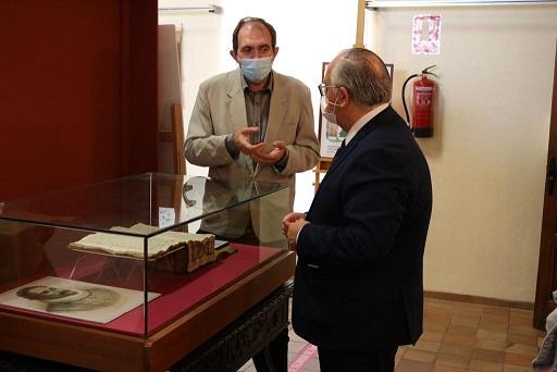 La Consejería de Cultura destaca el carácter cervantino de Jaén con motivo del Día del Libro.