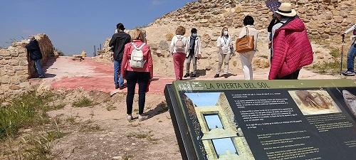 La Consejería de Cultura promociona Cástulo y Puente Tablas en el Día de los Monumentos.