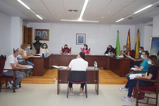 El pleno del Ayuntamiento de Lopera aprueba el Presupuesto Municipal para 2021 por importe de 3,7 millones de euros.