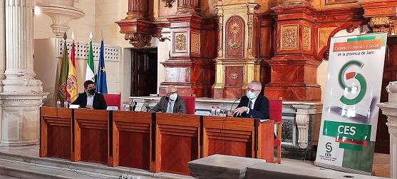 El presidente de Renfe anuncia en el pleno del CES provincial una nueva conexión con Madrid por Córdoba con lanzadera y alta velocidad.