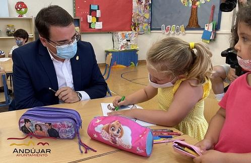 El Ayuntamiento de Andújar promueve, un año más, la conciliación durante los meses estivales con la Escuela Municipal de Verano.