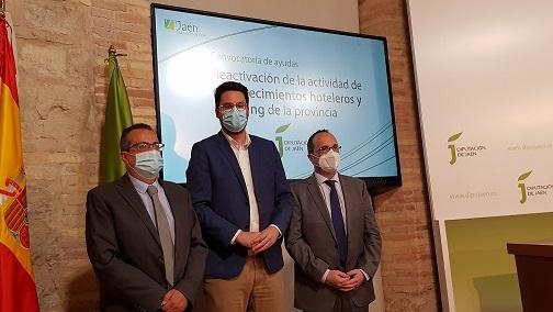 Diputación apoya la reactivación económica de hoteles y camping de la provincia con 300.000 euros en ayudas.