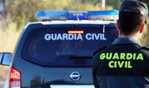 Muere un hombre en un accidente entre dos turismos en la A-44 en Bailén.