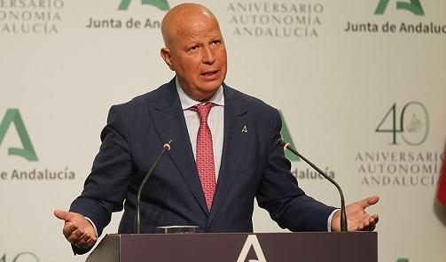 Andalucía, preparada para un curso seguro 100% presencial con 7.000 profesionales más.