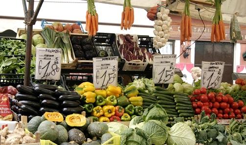 La campaña andaluza de inspección general de la calidad de alimentos revisa más de 1.200 productos.