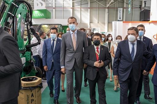 El rey Felipe VI inaugura Expoliva y conoce los aceites AOVE Jaén Selección.