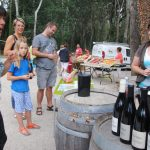 Vins, charcuterie, fromages, olives, camping Art de Vivre