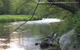 le doux rivière proche camping