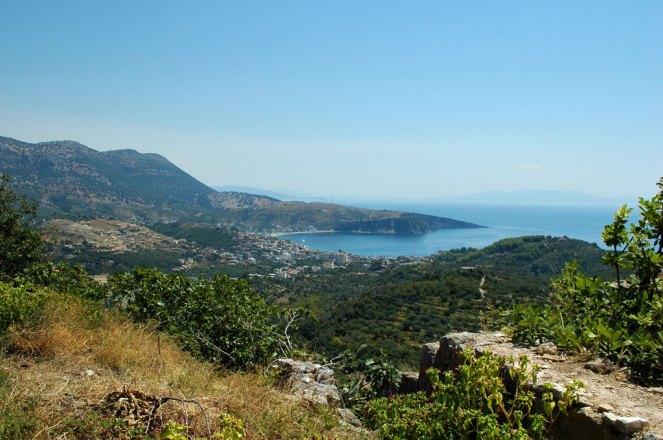 Bucht von Livadh von Alt-Himara aus