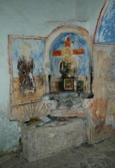 Ikonenmalerei in offener Kirche von Alt-Himara
