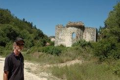 Zwischen Ruinen und Reben
