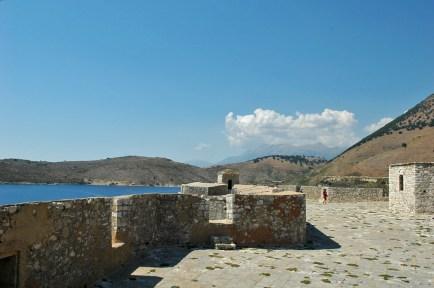 Die Festung wurde auf einer venezianischen Burgruine aufgebaut