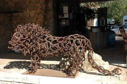 Löwe aus Hufeisen
