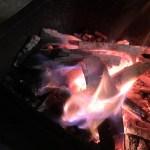 【キャンプ/BBQ初心者の方必見?!】熾火って?焚き火やBBQでの料理や調理する際に知っておいた方が良いこと