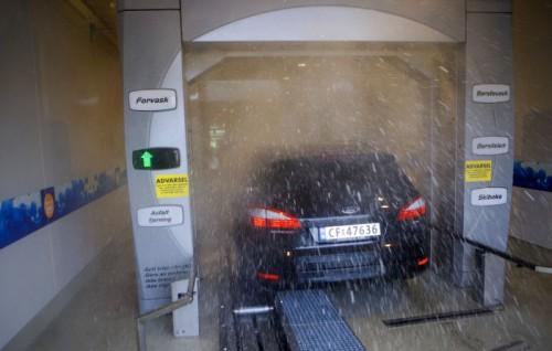 Vårvask av bil og bobil