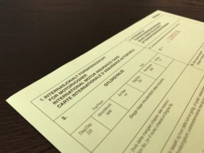 Såkalt Grønt kort er et internasjonalt forsikringsbevis som gjelder for tre måneder av gangen. Det viser at du har ansvarsforsikring på bilen din. (Foto- If)