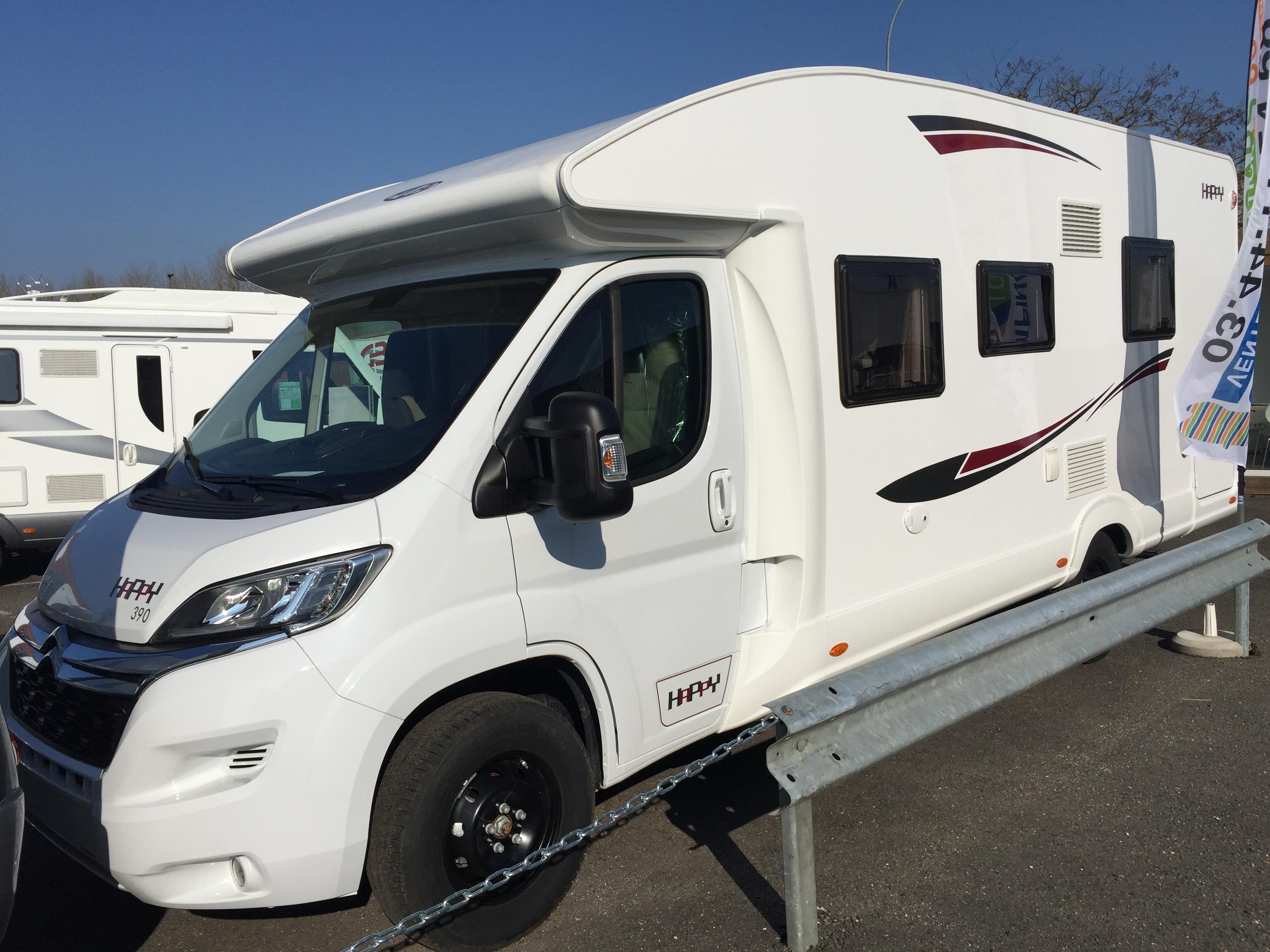 camping car pla happy 390 profil lit central. Black Bedroom Furniture Sets. Home Design Ideas