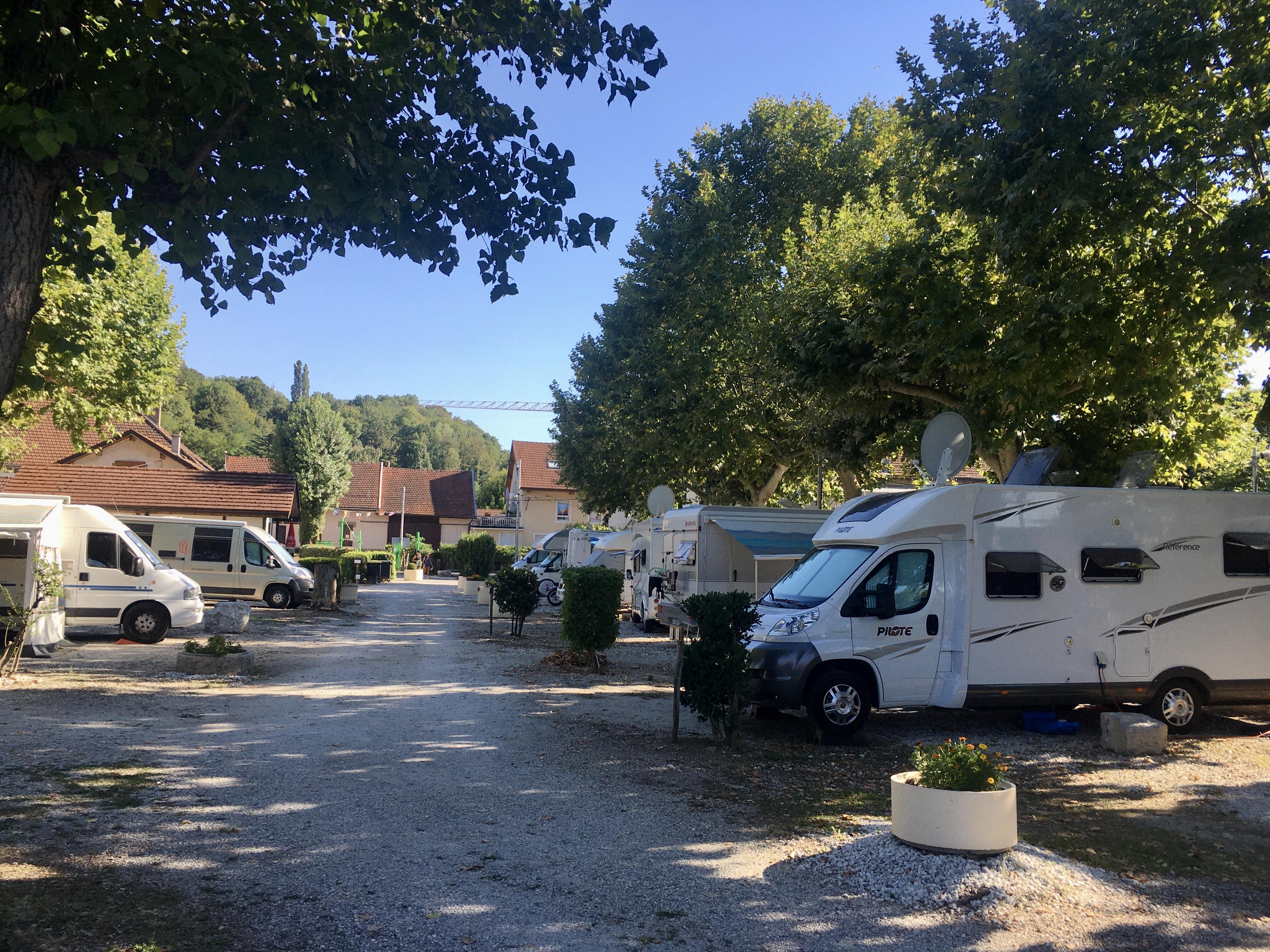 Camping Le Pêcheur à Aix les Bains - Centre