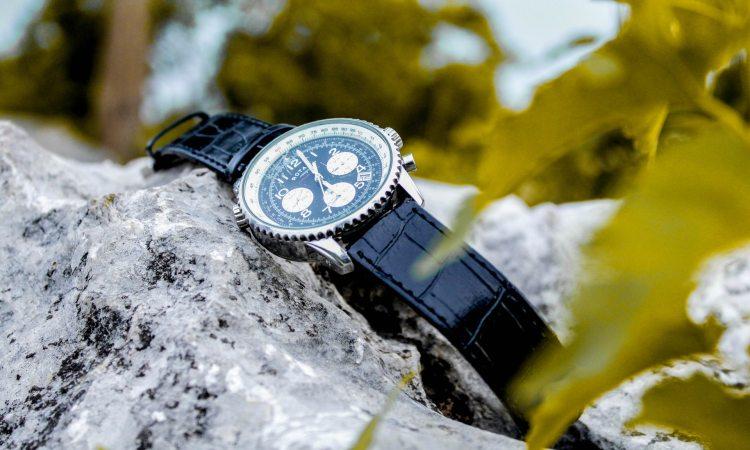 best hiking watch under 100
