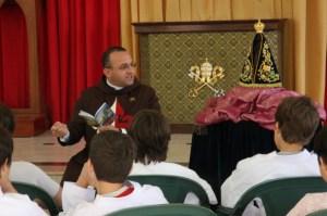 Palestra sobre a devoção a Nossa Senhora Aparecida