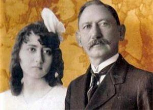 Lídia e seu pai, Bernardo Franco Baís. Foto/reprodução: Álvaro Barbosa