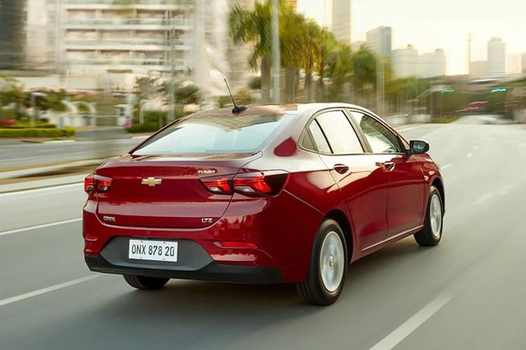 Novo Chevrolet Onix Sedã LTZ (Foto: Divulgação)
