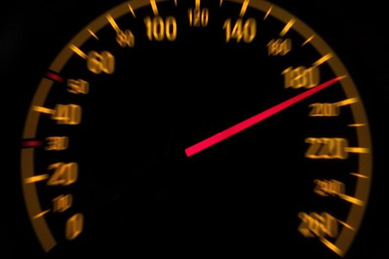 Alemanha não tem limite de velocidade em certos trechos de suas rodovias (Foto: Divulgação)