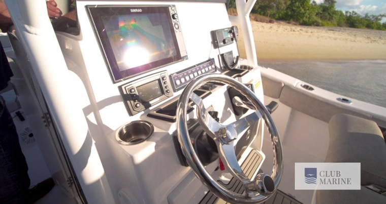 Boat features and dash configuration