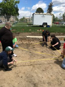 Dr. Goldstein explains how to lay out a perfect 2m x 2m grid for an excavation unit.