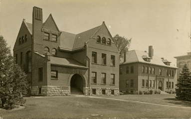 New Botany Laboratory (left), dated to 1904. Image courtesy of MSU Archives and Historical Collections.
