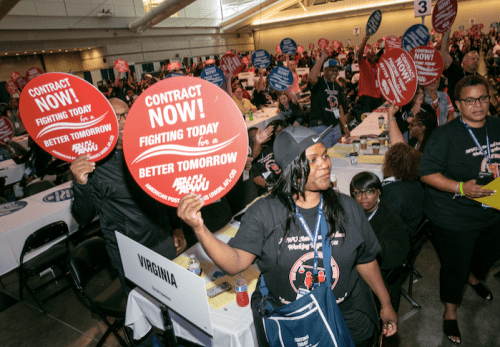 Members rally for a fair contract at convention