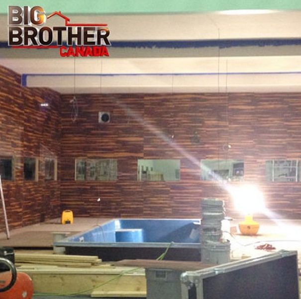 Big Brother Canada 2 house pool