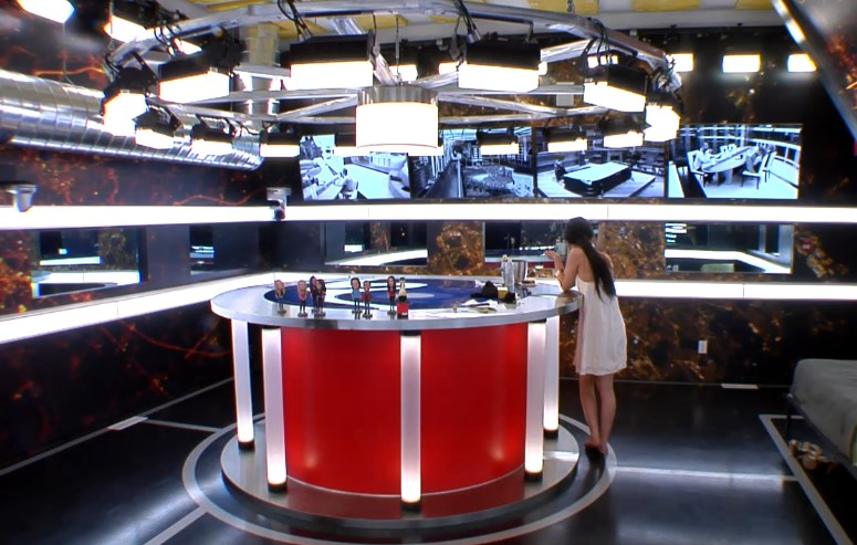 bbcan2-20140417-2205-neda-war-room