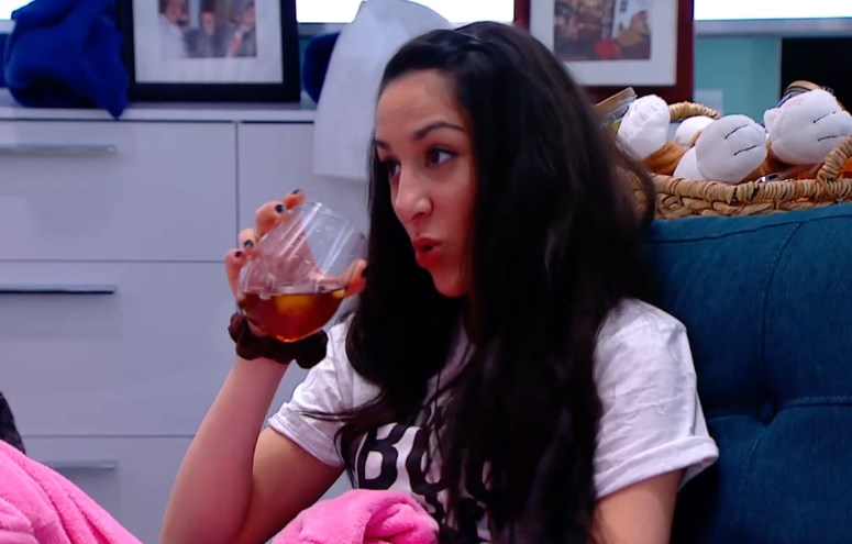 bbcan2-20140424-2237-neda-drink