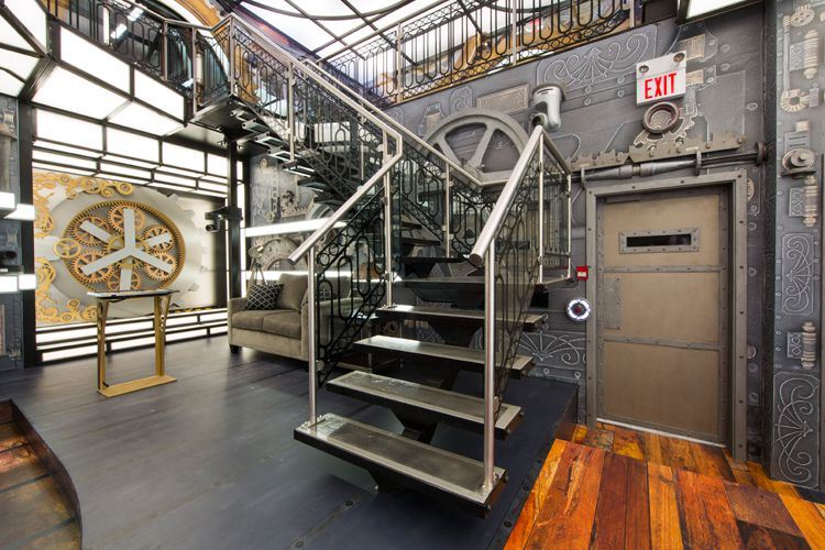Big Brother Canada 3 – stairway