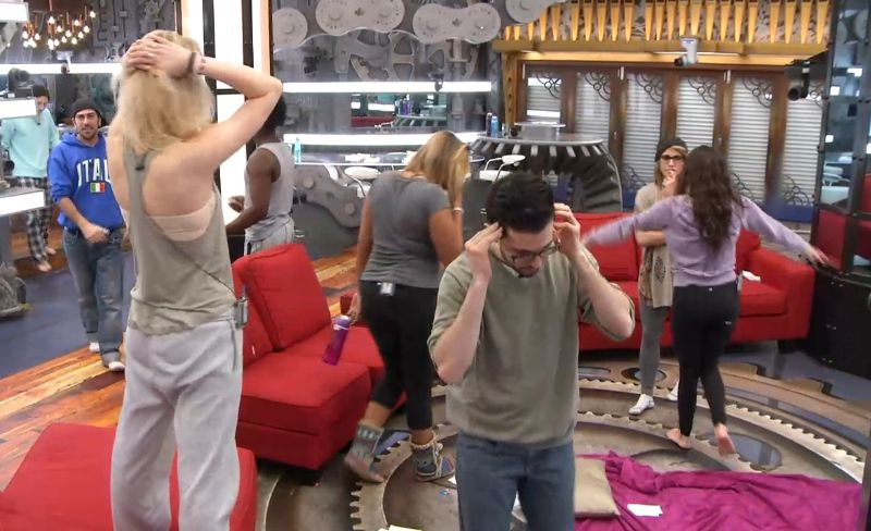 bbcan3-feeds-20150417-evictee-reveal-06