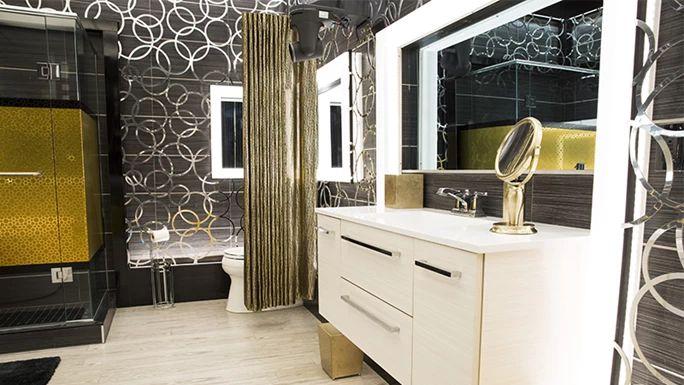 Big Brother Canada 4 – HoH bathroom
