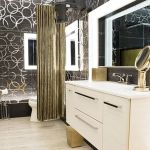 Big Brother Canada 4 - HoH bathroom
