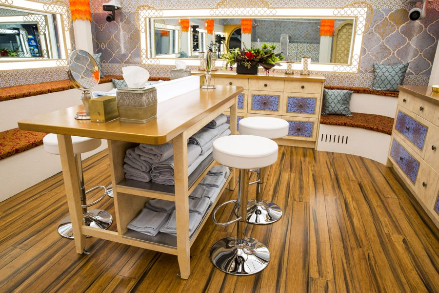 Big Brother Canada 4 – Bathroom