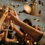 83 du học sinh bị phạt $1000/người vì dự tiệc đông người tại nhà thuê Airbnb ở Quebec