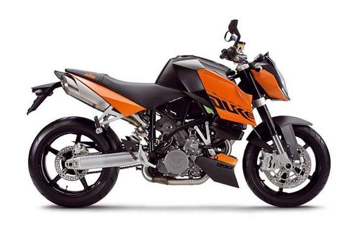 Test Ride: KTM Super Duke 990