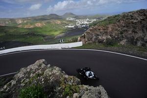 multistrada1200_ride10_top2.jpg