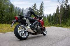 vfr1200f_ride_rsr.jpg
