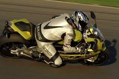 s1000rr_ride_rhs_top.jpg