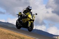 s1000rr_ride_wheelie.jpg