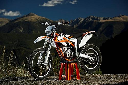 KTM unveils 350cc 'Freeride'