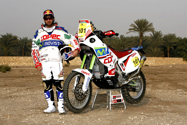 Aprilia rider wins first Dakar stage, another racer dies