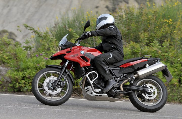 BMW releases details of F700 GS