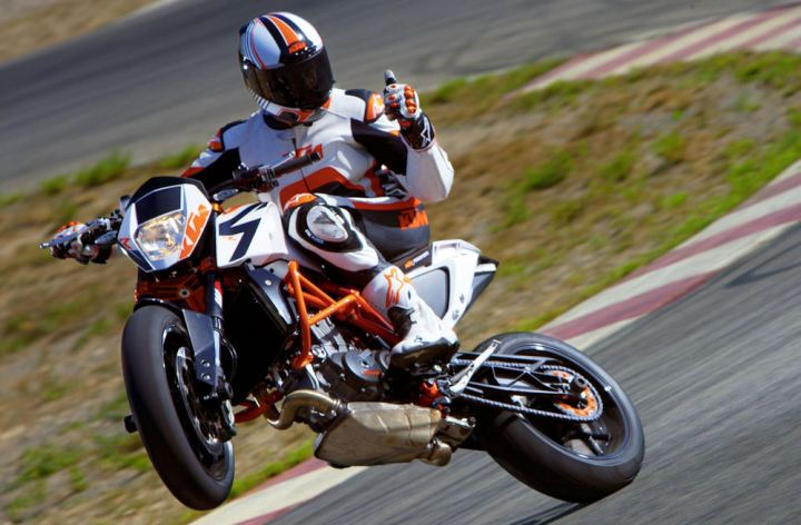 EICMA 2012: KTM 690 Duke R