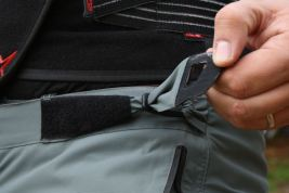 Side-adjustment for the Erzberg pants. Photo: Rob Harris